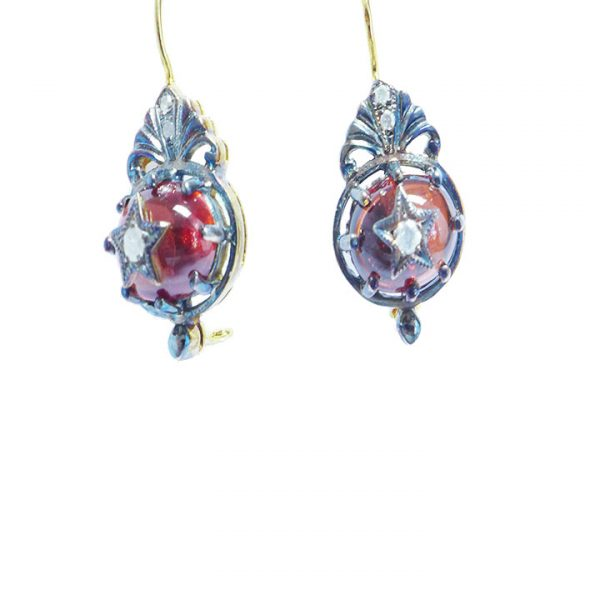Cabochon Garnet and Diamond stud earring