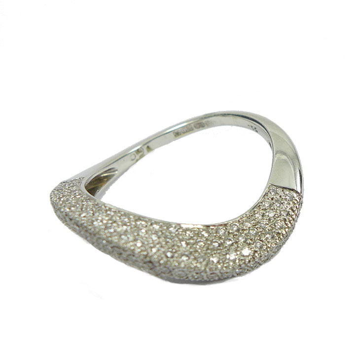 """Diamond and white gold """"wave"""" ring"""